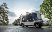 Xe buýt không người lái bắt đầu lăn bánh