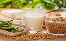 Thức ăn từ đậu nành giúp phụ nữ kéo dài tuổi trẻ