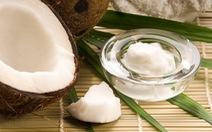 Hãy thận trọng khi dùng dầu dừa nếu da bạn đang có mụn