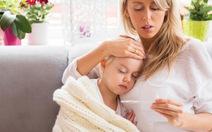 Chăm sóc trẻ bị sốt như thế nào?
