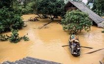 Bộ Tài chính cảnh báo việc lợi dụng bão lụt để nâng giá hàng thiết yếu