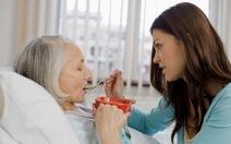 Những lưu ý trong chăm sóc người bệnh sau ghép tế bào gốc