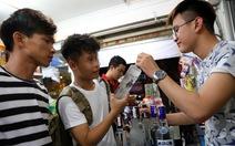 Cấm bán rượu cho người dưới 18 tuổi, được không?