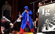 Ig Nobel 2017: chữa chứng ngưng thở khi ngủ bằng… kèn thổ dân