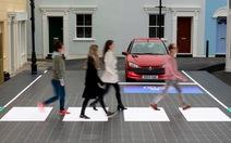 Đường đèn LED giúp người đi bộ an toàn hơn