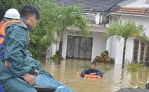 Khẩn cấp di dời dân vùng ngập lũ Hội An
