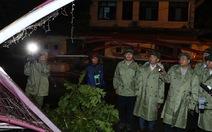 Thủ tướng đến Quảng Bình chỉ đạo khắc phục hậu quả bão số 10