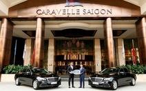 Mercedes-Benz bàn giao 2 xe E 200 thế hệ mới cho khách sạn Caravelle