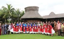 Các đệ nhất phu nhân tham dự APEC hội tụ tại Naman Retreat