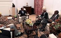 Tổng thống Zimbabwe cương quyết không từ chức