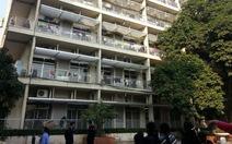 Bệnh viện Bạch Mai đình chỉ 2 bảo vệ chặn xe đón bệnh nhân