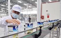 Một tuần, đại gia Hong Kong bỏ tỉ đô sắm Vinamilk