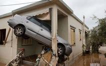 Thế giới trong tuần qua ảnh: Động đất ở Iran, lũ lụt ở Hy Lạp