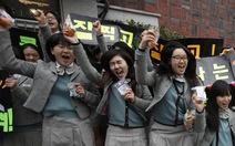 Ngày thi đại học, cả Hàn Quốc như 'đứng hình'