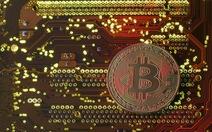 Bitcoin lần đầu vượt mốc 9.000 USD