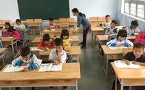 Tiết kiệm, xây trường tặng học trò Ba Na