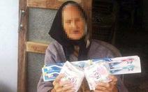 Thực hư việc cụ bà 107 tuổi nhận quà cứu trợ là băng vệ sinh
