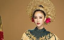 Hà Thu tặng 'nữ chiến binh' cho Bảo tàng Phụ nữ Nam Bộ