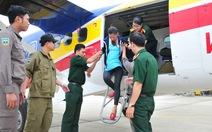 Thủy phi cơ đưa một sản phụ từ Trường Sa về đất liền