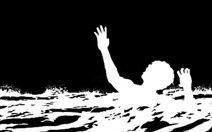 Tắm sông một học sinh lớp 4 bị nước cuốn mất tích