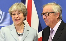 Thủ tướng Anh bay gấp sang Brussels chốt Brexit