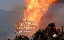 Tháp Phật đang xây ở Trung Quốc cháy rụi đầy bí ẩn