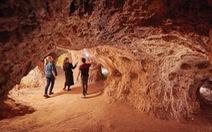 Clip 3.500 người dân Úc sống dưới lòng đất