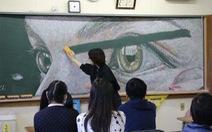 Những bức tranh tuyệt đẹp trên bảng đen của học sinh Hong Kong
