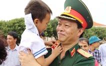 Tướng lĩnh thời bình - Kỳ 5: Tướng quân y yêu âm nhạc