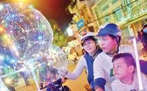 Xóm đạo Sài Gòn lung linh đón Giáng sinh