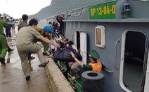 Đến từng tàu buộc ngư dân Côn Đảo lên bờ tránh bão Tembin
