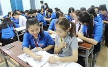 Lớp dạy tiếng Việt cho sinh viên Lào