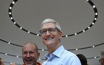 Lãnh đạo Apple nhận lương khủng còn bị buộc xài… chuyên cơ riêng