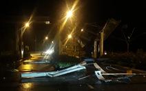Xe tải tông sập trạm thu phí sân bay Phú Quốc