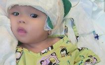 Người mẹ 18 tuổi và phép màu cứu con bị não úng thủy