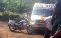 Xác minh clip tranh cãi, tố cảnh sát giao thông đập vỡ kính xe khách