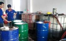 Phá đường dây sản xuất hàng chục ngàn lít dầu nhớt giả