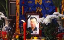 Nghẹn ngào trước giây phút tiễn biệt phóng viên trẻ Đinh Hữu Dư