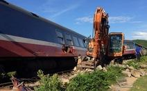 Đường sắt tê liệt sau tai nạn tàu SE3 bị trật bánh