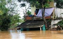 Thanh Hóa: hàng nghìn nhà dân ngập nước, huyện cứu trợ khẩn cấp
