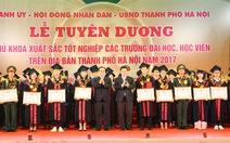 Vinh danh 84 thủ khoa tốt nghiệp xuất sắc
