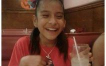 Bé gái bị bại não bị bắt giữ ở Mỹ vì không giấy tờ
