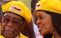 Choáng với những đền bồi để tổng thống Zimbabwe từ chức
