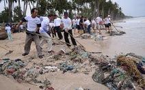 Rác thải nhựa đổ ra biển: ô nhiễm trắng!