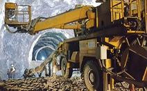 Theo chân thợ đào hầm xuyên núi