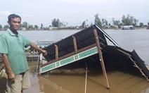 Sạt lở ở An Giang, 2 căn nhà sụp xuống sông
