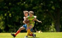 Xương chắc khỏe hơn nếu chơi thể thao đều đặn từ nhỏ