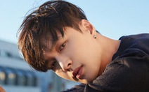 MV mới của EXO Lay bị fan Việt tẩy chay vì avatar 'đường lưỡi bò'
