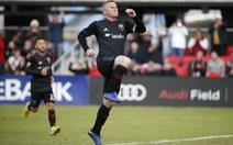 Rooney tiếp tục tỏa sáng trên đất Mỹ