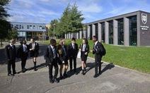 Độc chiêu ngăn học sinh trốn học của ngôi trường 'bét bảng' nước Anh